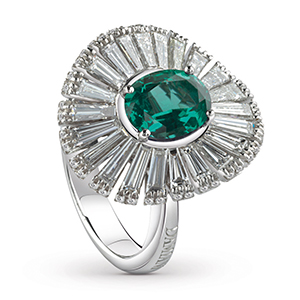 Damiani---SUFI-ring-with-a-central-emerald,-brilliant-and-baguette-cut-diamonds-81049082