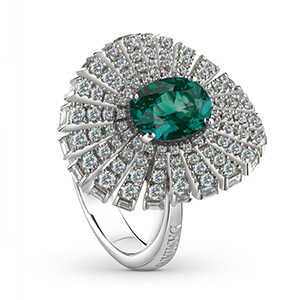 Damiani---SUFI-ring-with-a-central-emerald,-brilliant-cut-diamonds-81049081