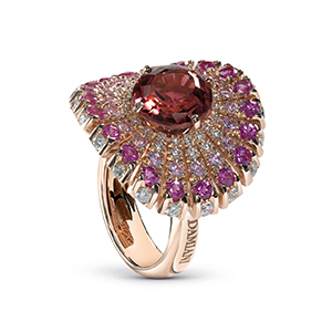 Damiani---SUFI-ring-with-a-central-tourmaline,-diamonds-and-sapphires-20059244
